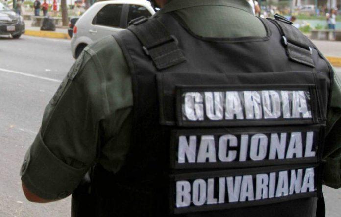 Detenidos tres sargentos de la GNB por desvío de combustible