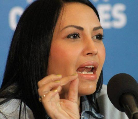 Delsa Solórzano