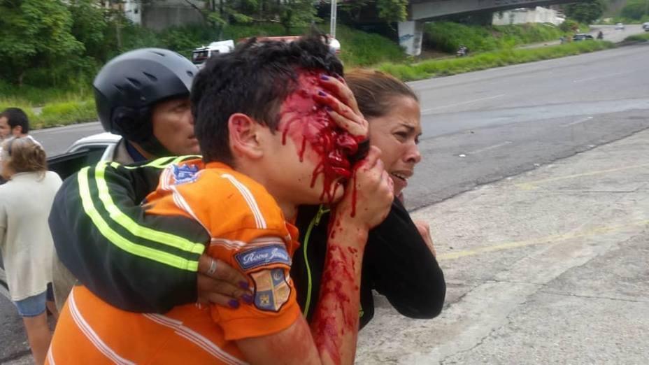 America Latina raza vs economia, cultura vs progreso - Página 6 Publicaron-video-del-momento-que-fue-herido-adolescente-rufo-chacon_287144