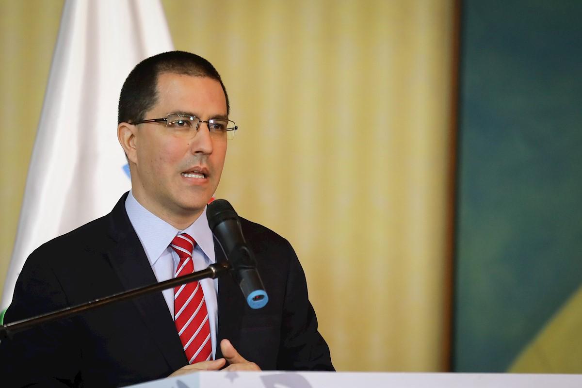 Gobierno de facto de Bolivia anuncia su ingreso al Grupo de Lima