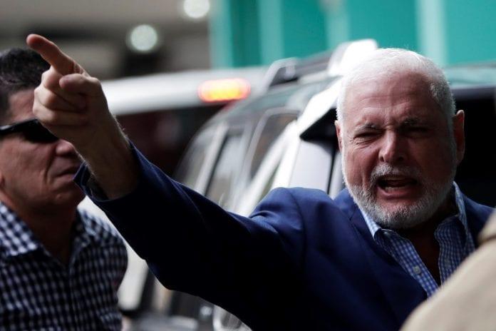Ricardo Martinelli es acusado por espionaje político