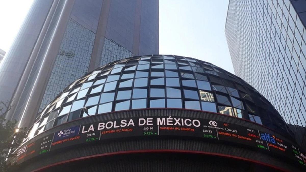 Se contrae Bolsa Mexicana de Valores 6.42%; lo llaman el 'Lunes Negro'
