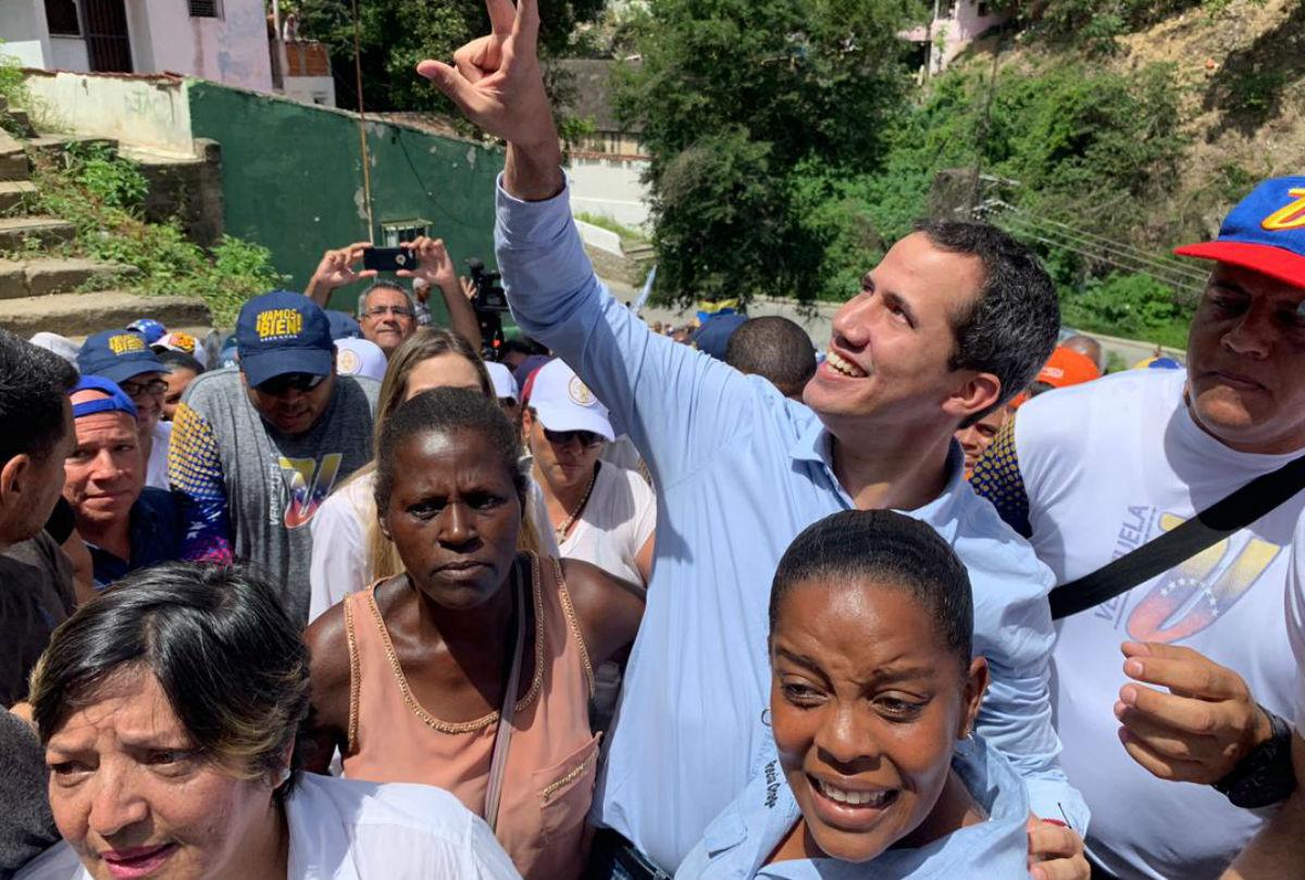 Revelan contacto entre Washington y Cabello