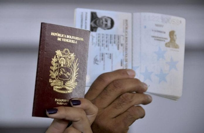 salvoconductos a venezolanos con pasaportes vencidos
