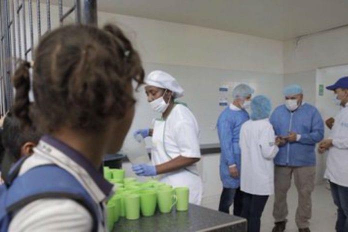 Usaid da ayuda humanitaria a venezolanos y colombianos en La Guajira