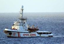 Embarcaciòn Open Arms