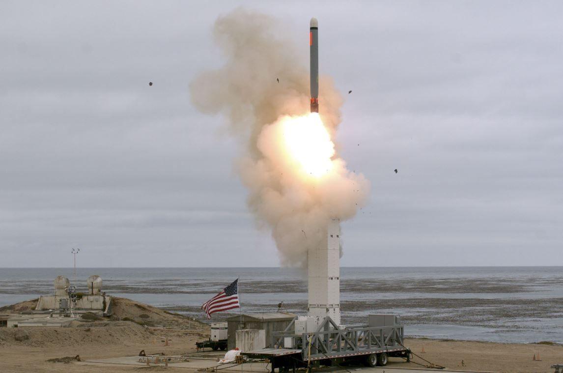 Trump lanza un misil prohibido tras abandonar el tratado INF