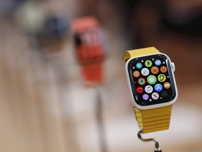 La multinacional estadounidense Apple sacó un reloj y un IPad
