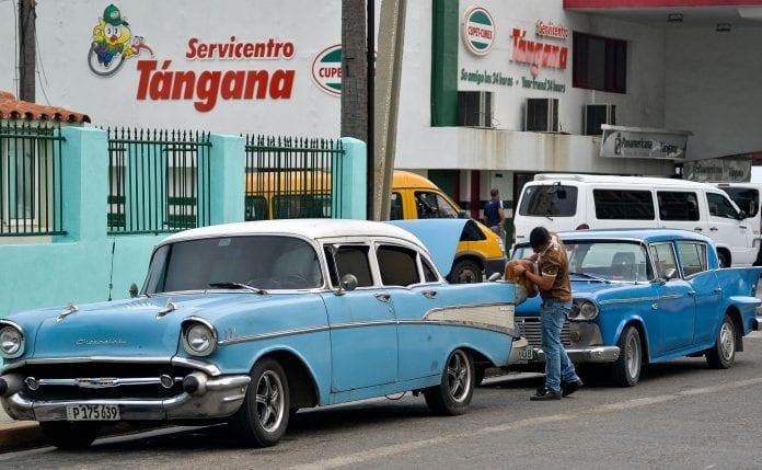 Cuba denuncia «chantaje» de EE UU para impedir que reciba crudo venezolano Energ%C3%ADa-Cuba-AFP-696x429
