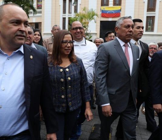 Francisco Torrealba, Tania Díaz y Pedro Carreño en la Asamblea Nacional - Caso de Chile