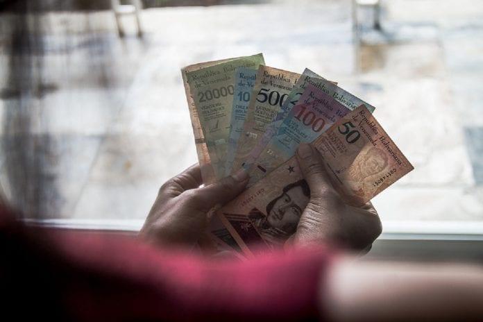 Billetes-cono monetario