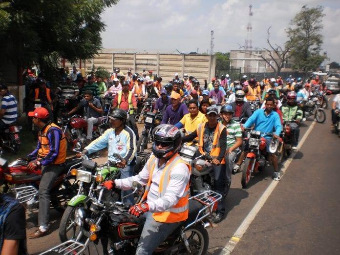 Motorizados en el estado Zulia no podrán transitar después de las 7 pm