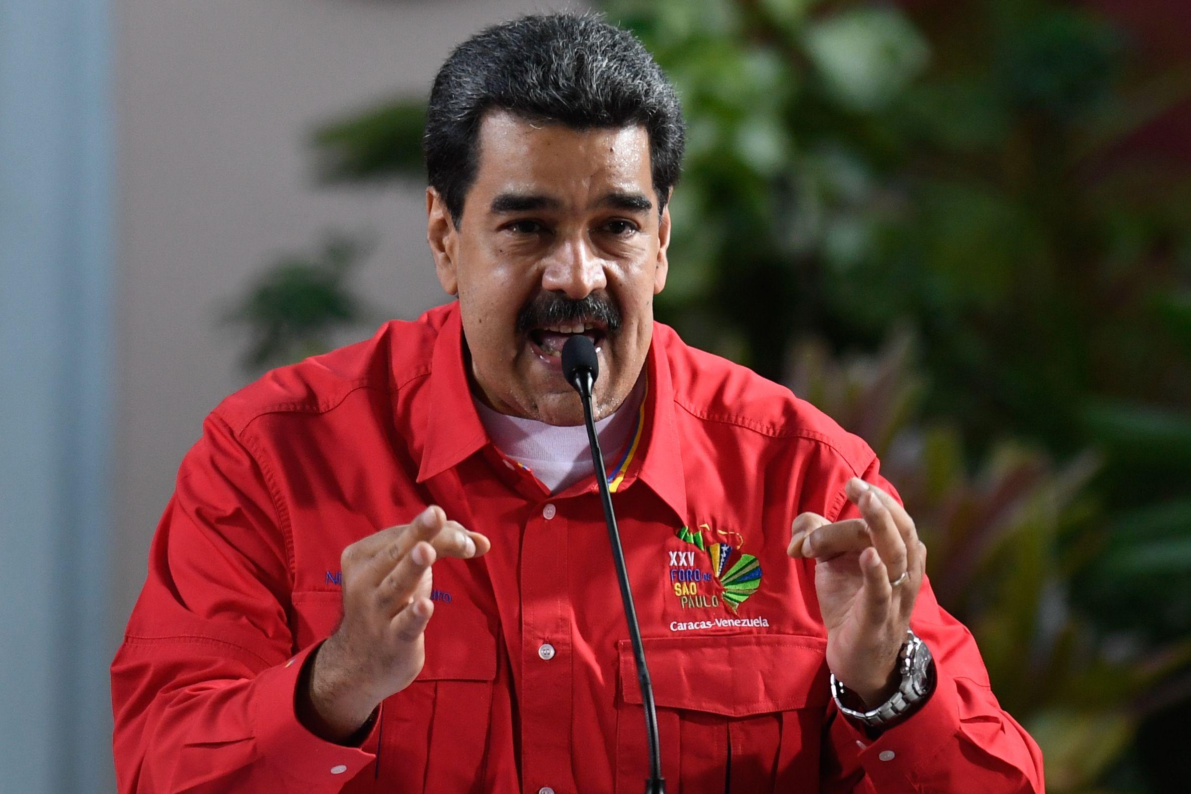 Chavismo acusa a Perú de promover