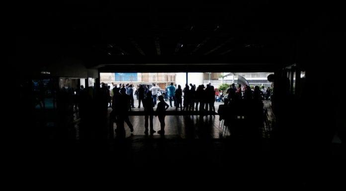 Sin Luz varias zonas de Caracas y Miranda