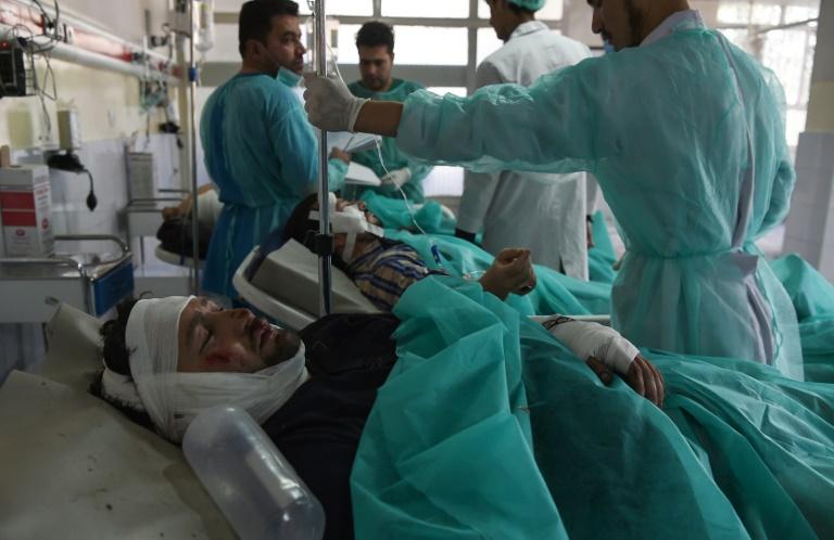 Al menos 48 muertos en dos atentados antes de las elecciones — Afganistán