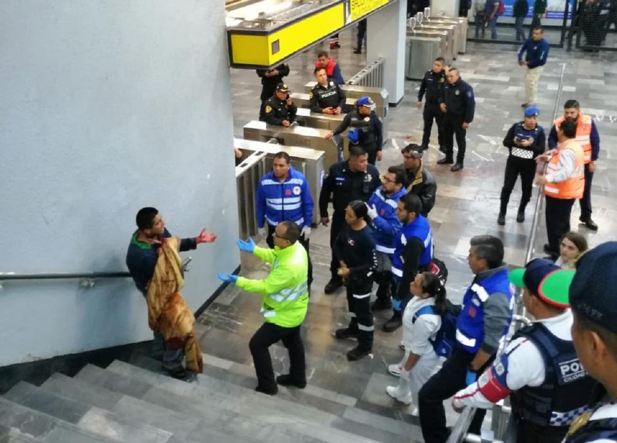 En Metro Pantitlán, hombre se lesiona el cuello con arma
