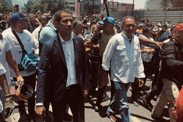 Richard Blanco y Juan Guaidó