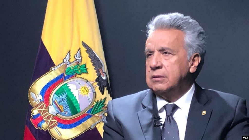 Lenín Moreno propone reforma fiscal para rescatar Ecuador