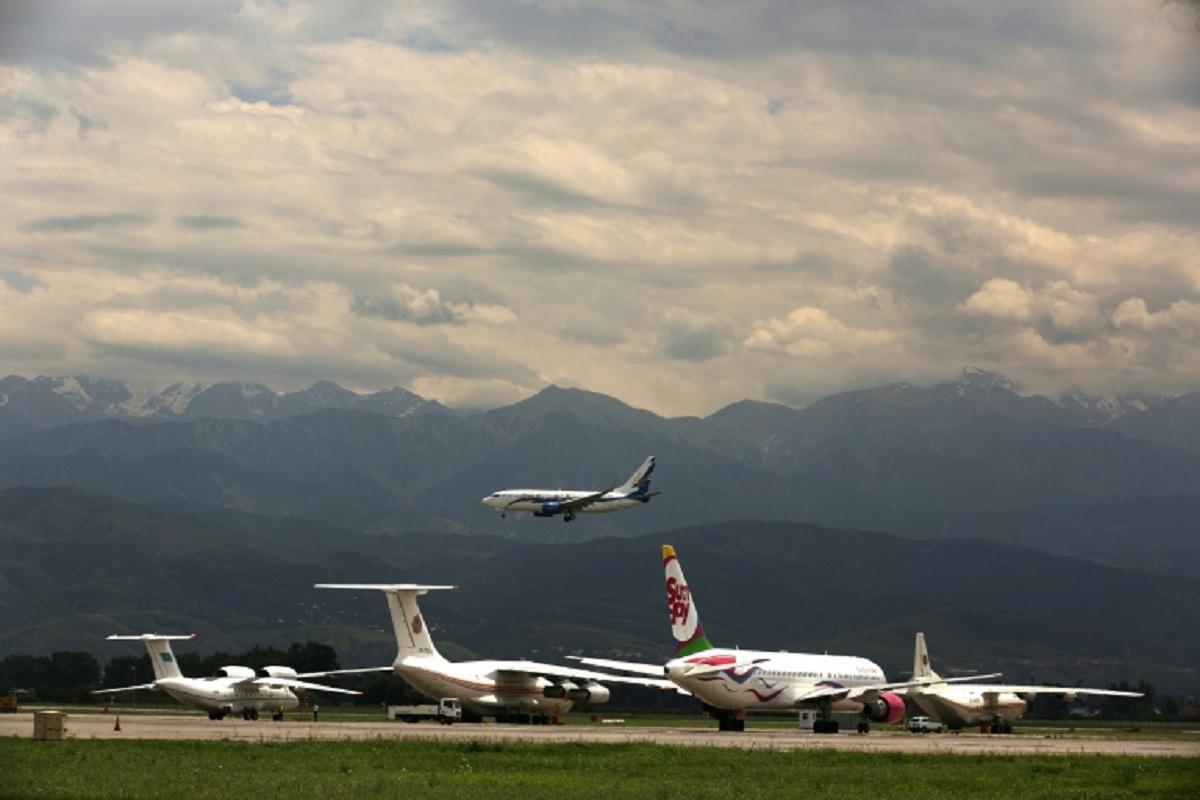 Air Astana firma con Boeing un compromiso de compra de 30 aviones 737 MAX, valorados en 3.249 millones