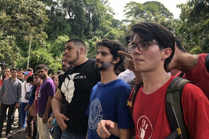 David Sosa, estudiantes de la UCV