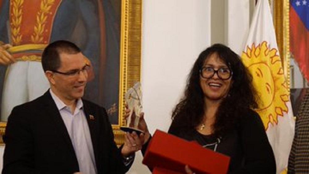 Llega a Venezuela delegación diplomática tras el golpe de Estado en Bolivia