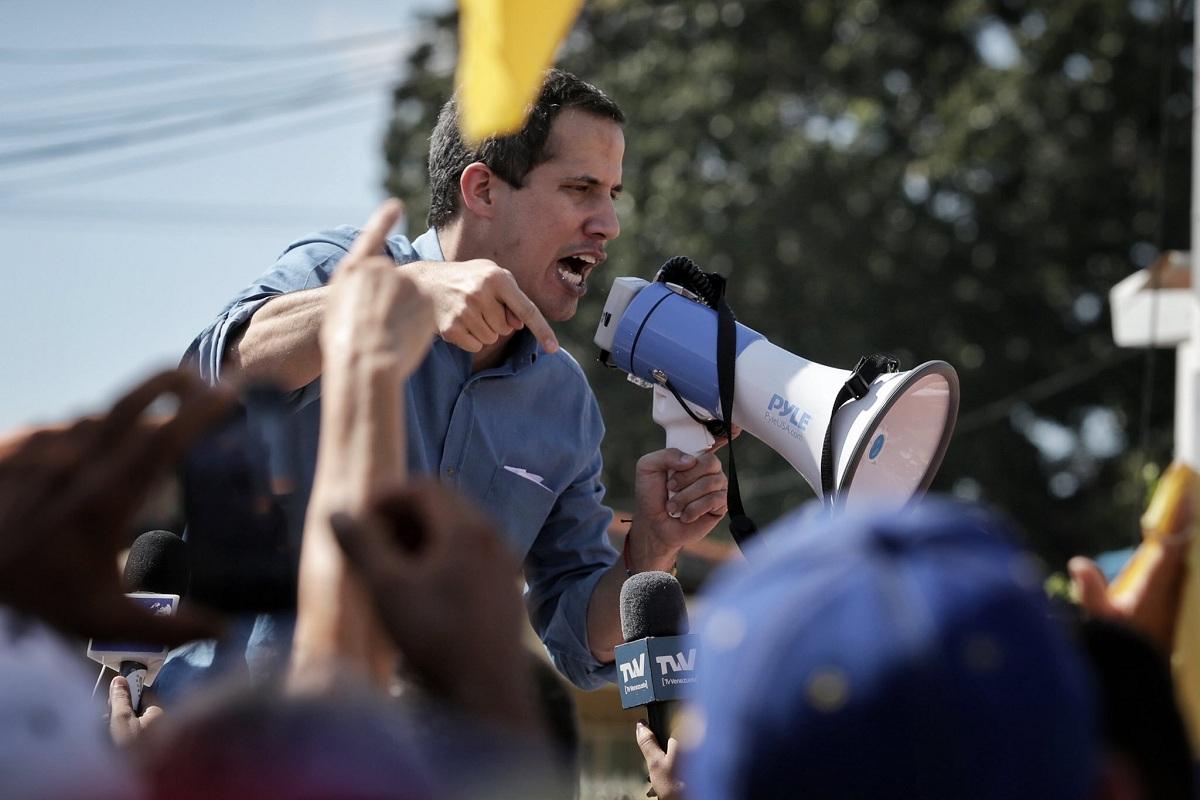 Guaidó convoca protesta nacional para el próximo lunes