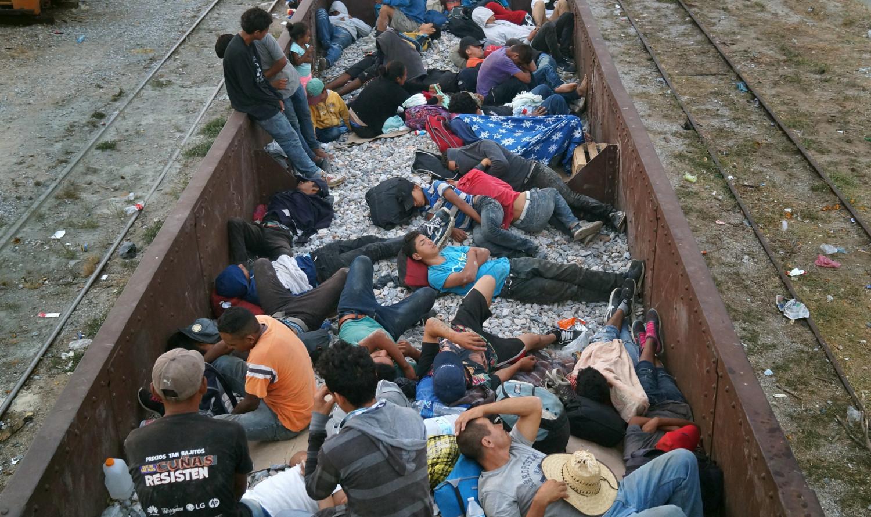 Desarticulan a banda de traficantes de personas