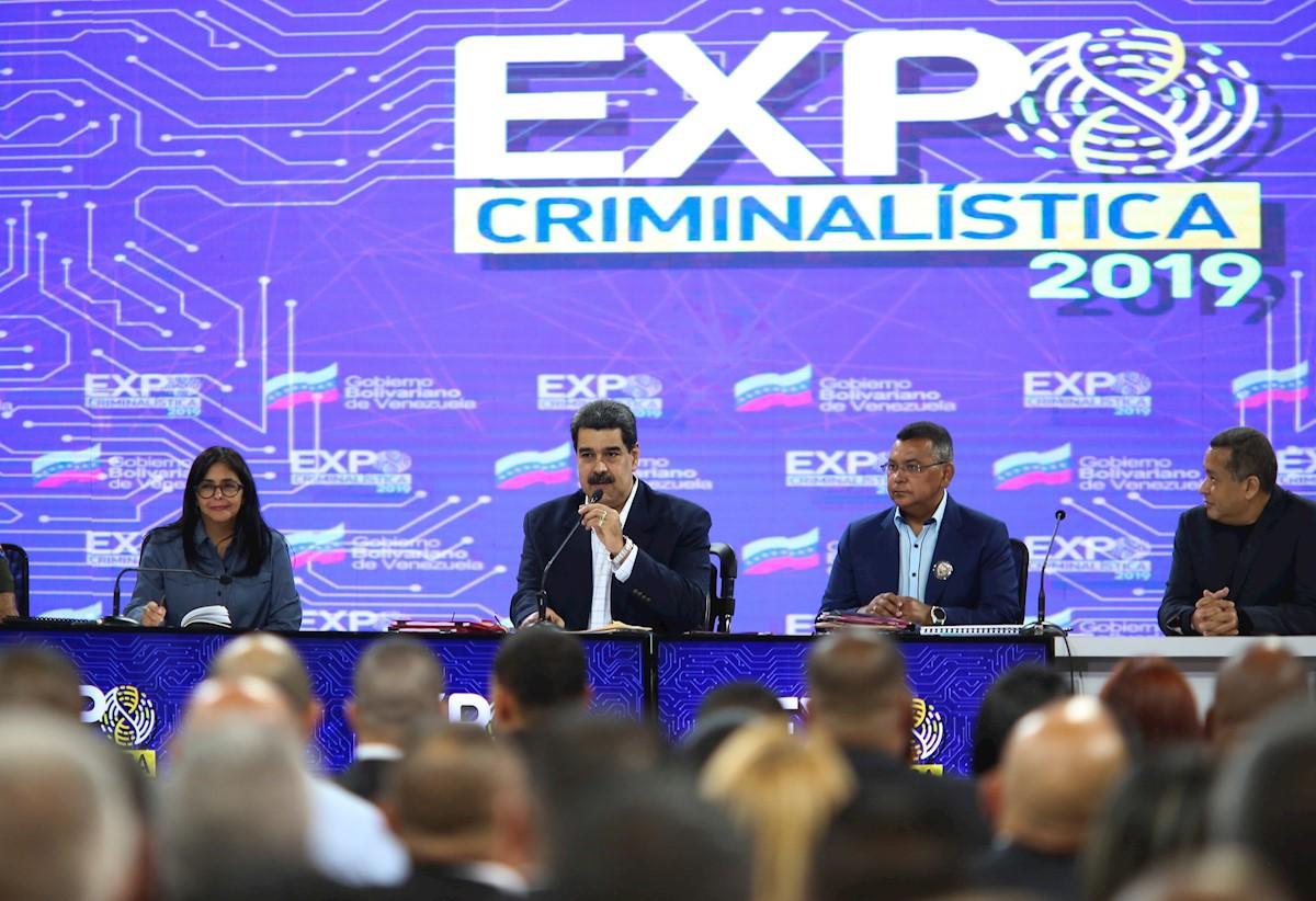 Nicolás Maduro favorece grupos irregulares en la frontera — Dávila