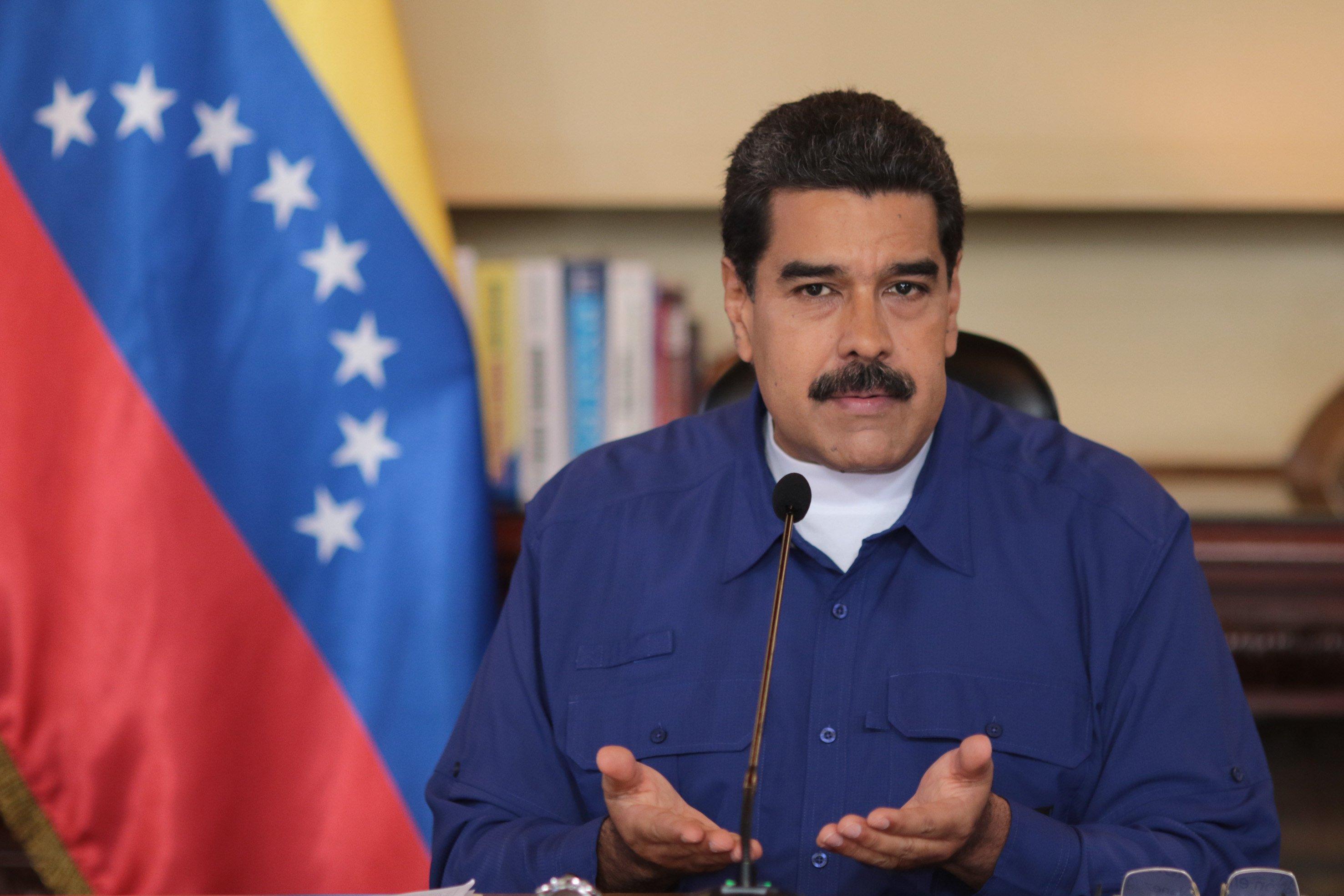 Maduro: Proceso de dolarización puede servir para el funcionamiento de la economía