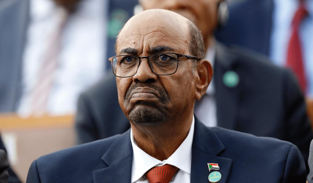 Expresidente sudanés condenado a dos años por corrupción