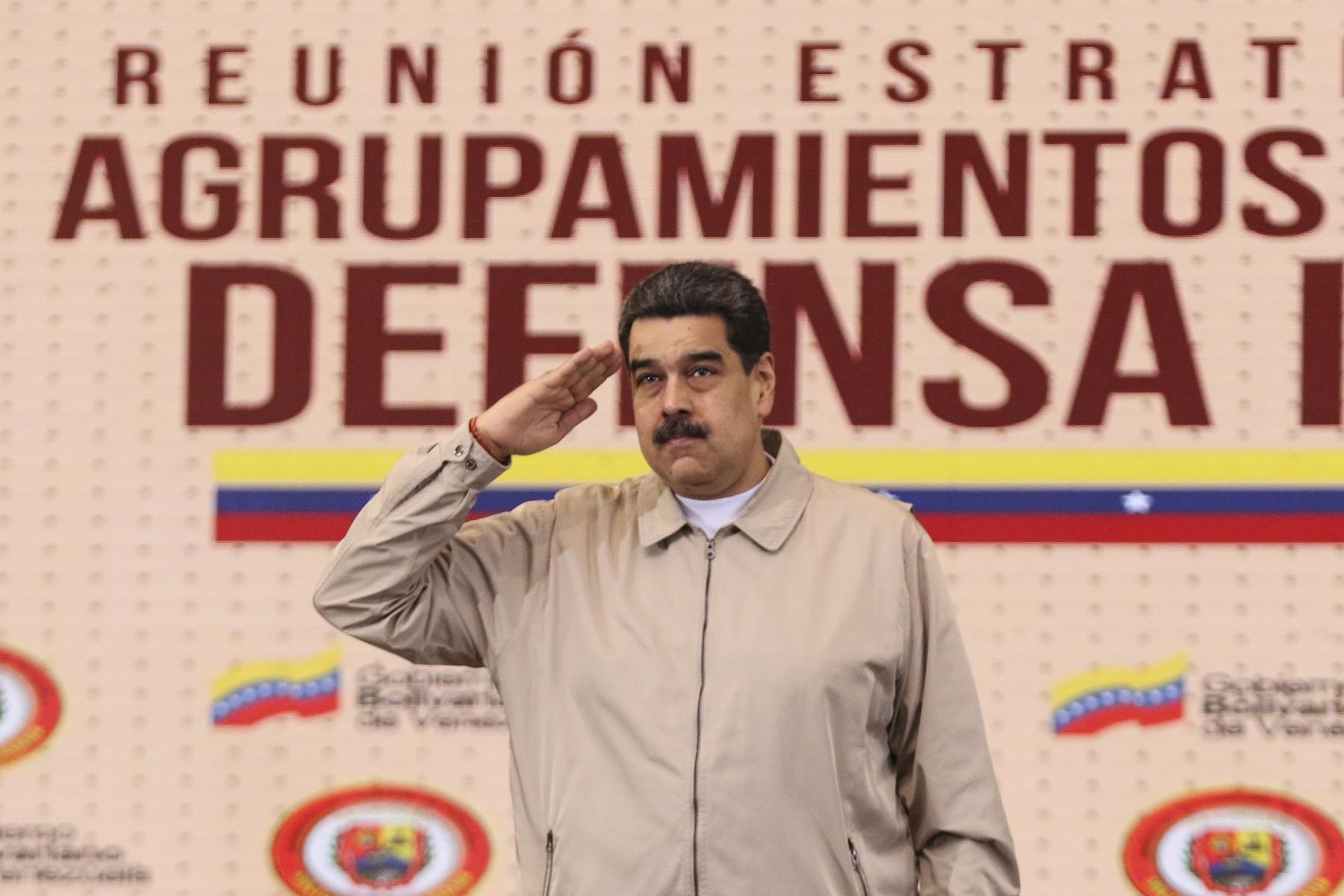 Maduro anuncia ejercicios militares en Venezuela para 15 y 16 de febrero
