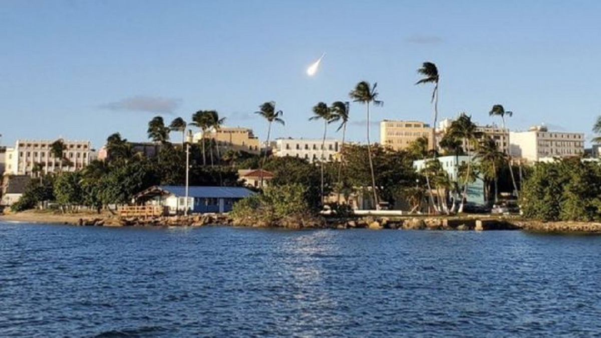Meteorito asombra y alarma en Puerto Rico | Videos