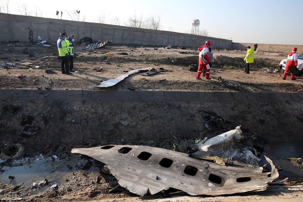 Irán rechaza que un misil derribara el avión