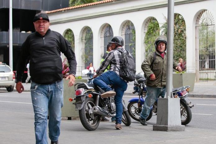 Ataques, diputados Colectivos armados chavistas