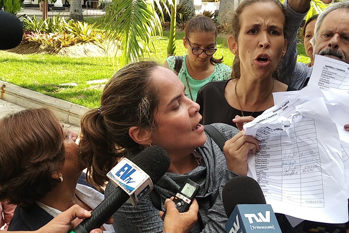María Beatriz Martínez, Manuela Bolívar, Palacio Federal Legislativo - Juan Guaidó