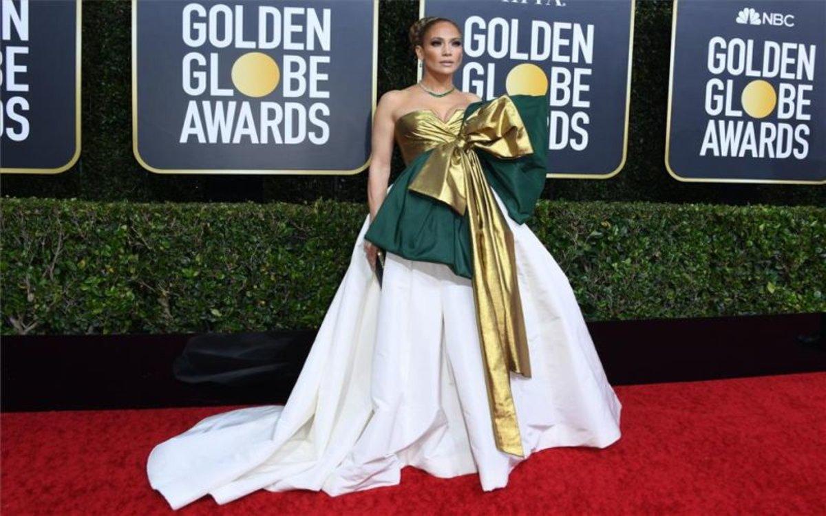 Jennifer lopez alfombra roja globos de oro