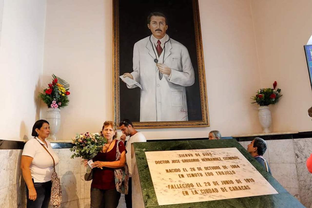 Aprobado milagro al doctor José Gregorio Hernández