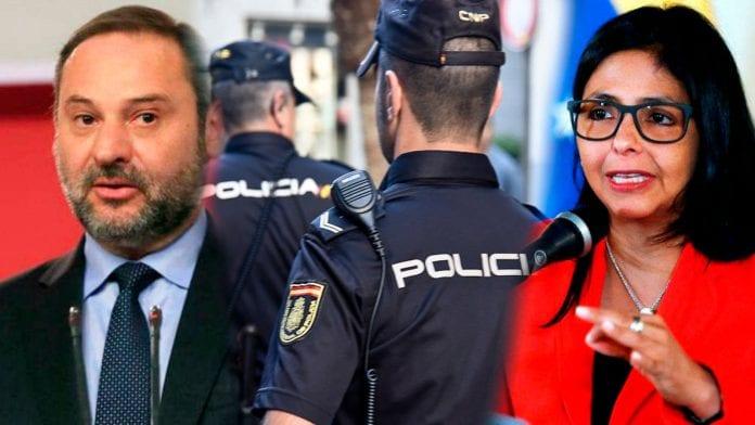 Despedido el vigilante que explicó ante notario lo que vio de la reunión entre Ábalos y Delcy Rodríguez