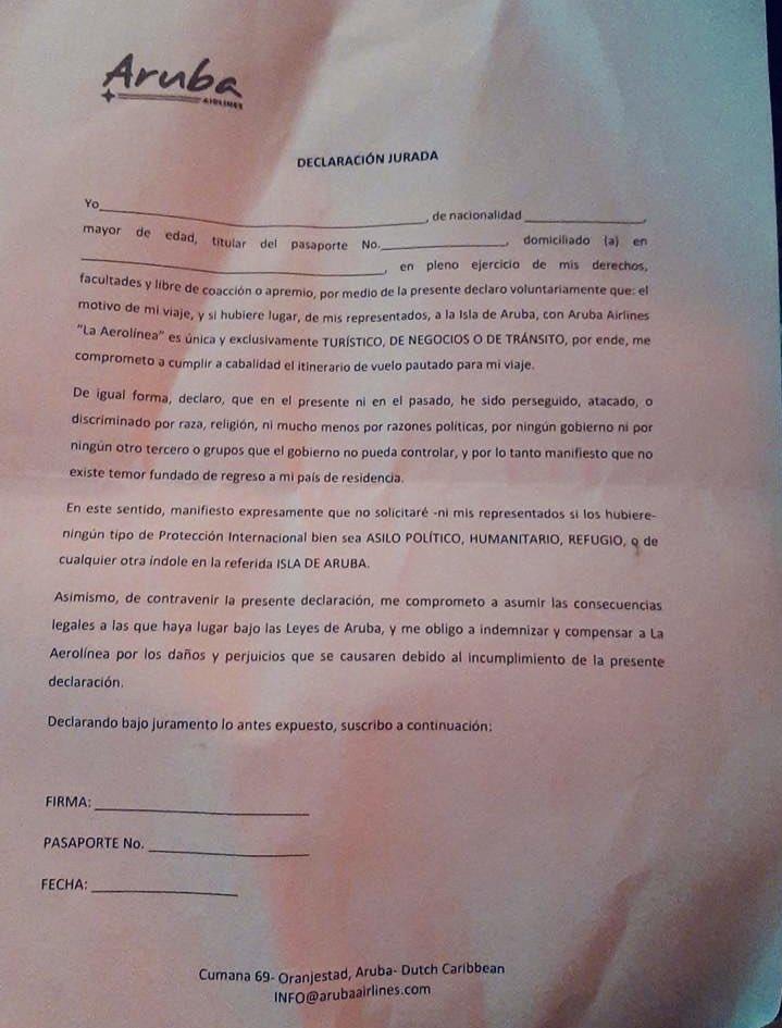 Denuncian que Aruba Airlines pide a sus pasajeros firmar un documento en el que descartan solicitar asilo o refugio en la isla 1