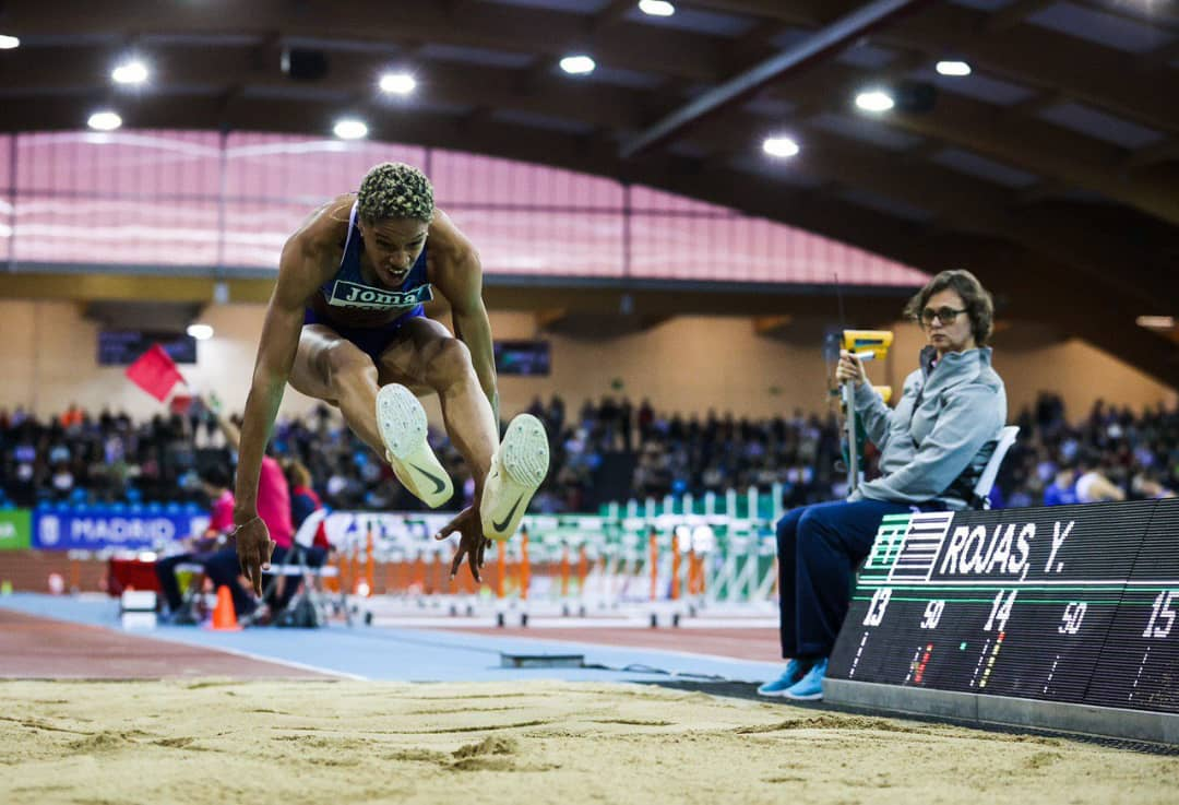 Yulimar Rojas rompe el récord mundial de salto triple indoor