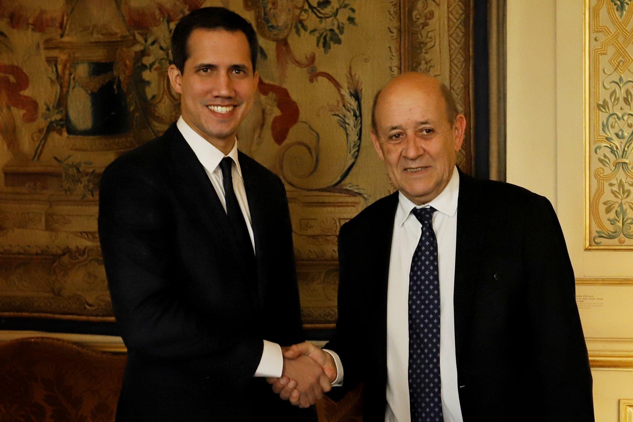 Francia niega intromisión en la política venezolana por su apoyo a Guaidó