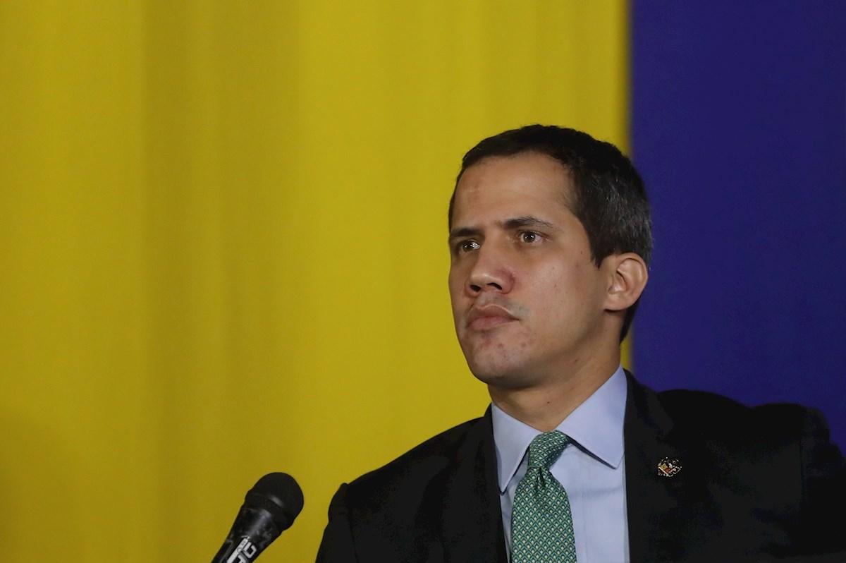 Guaidó condenó allanamiento ilegal a la residencia familiar de su tío