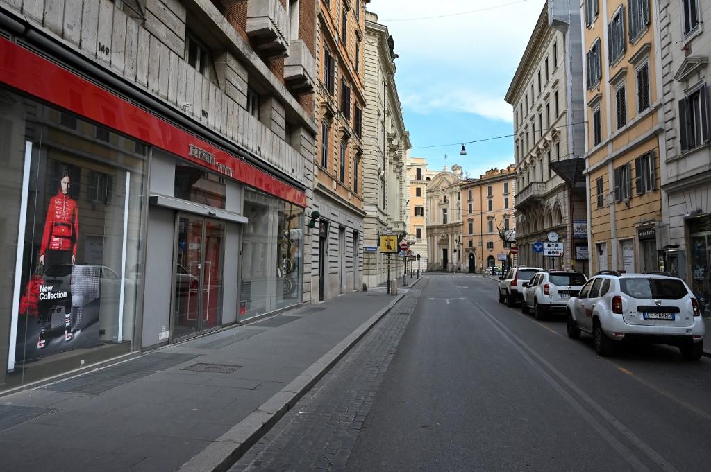 Italia supera la barrera de los 1000 fallecidos por coronavirus
