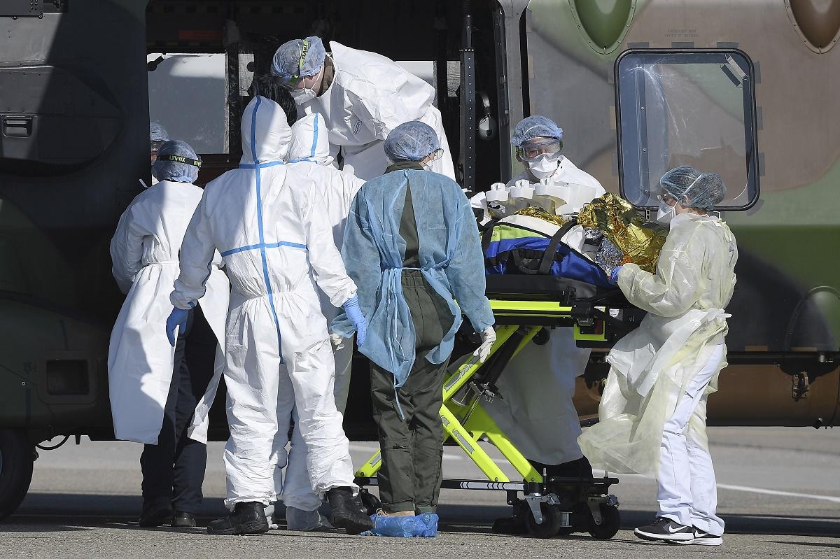 Supera Estados Unidos las 4000 muertes por #COVID19