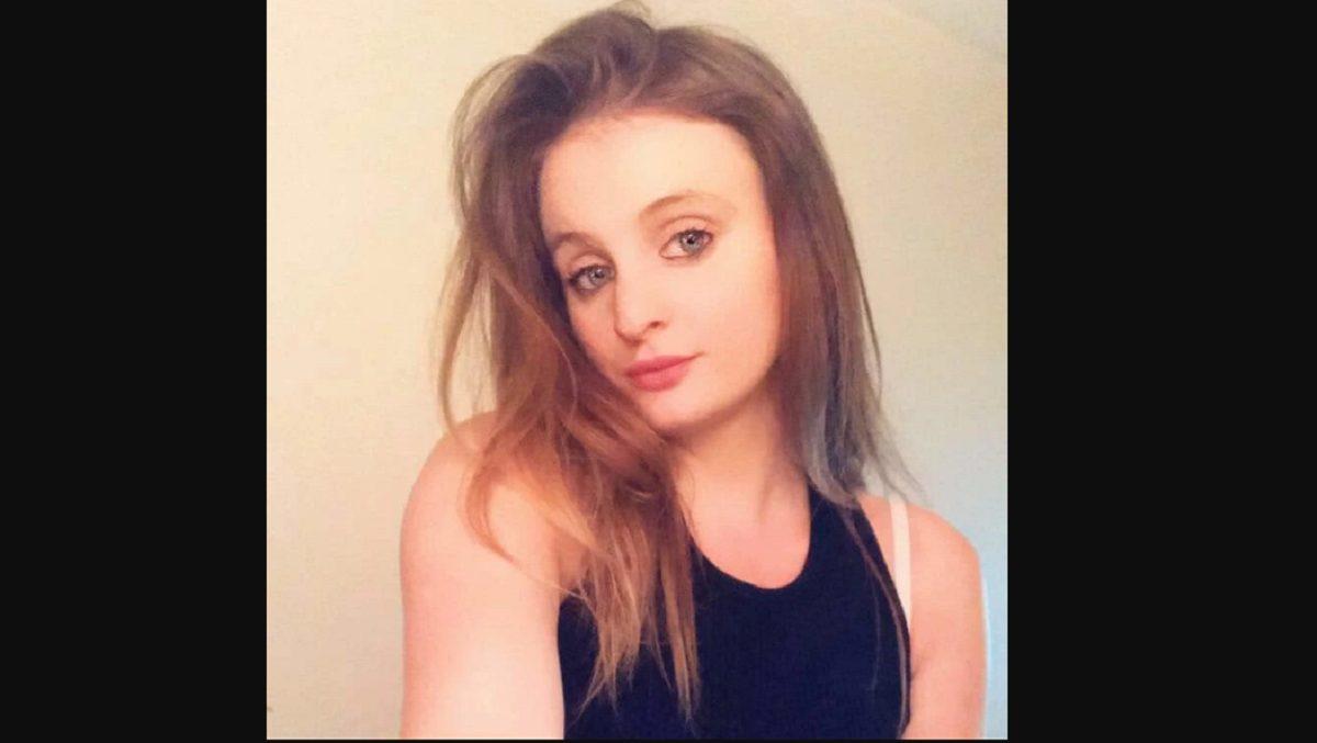 Mujer de 21 años sin condiciones preexistentes muere por COVID-19