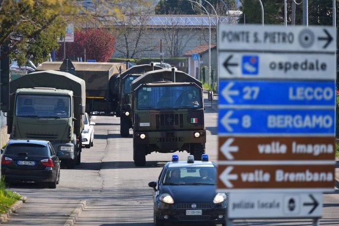 Italianos que incumplan el aislamiento serán multados hasta 3.000 euros