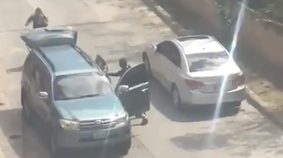 Videos alertan por secuestro de fichas de Guaidó