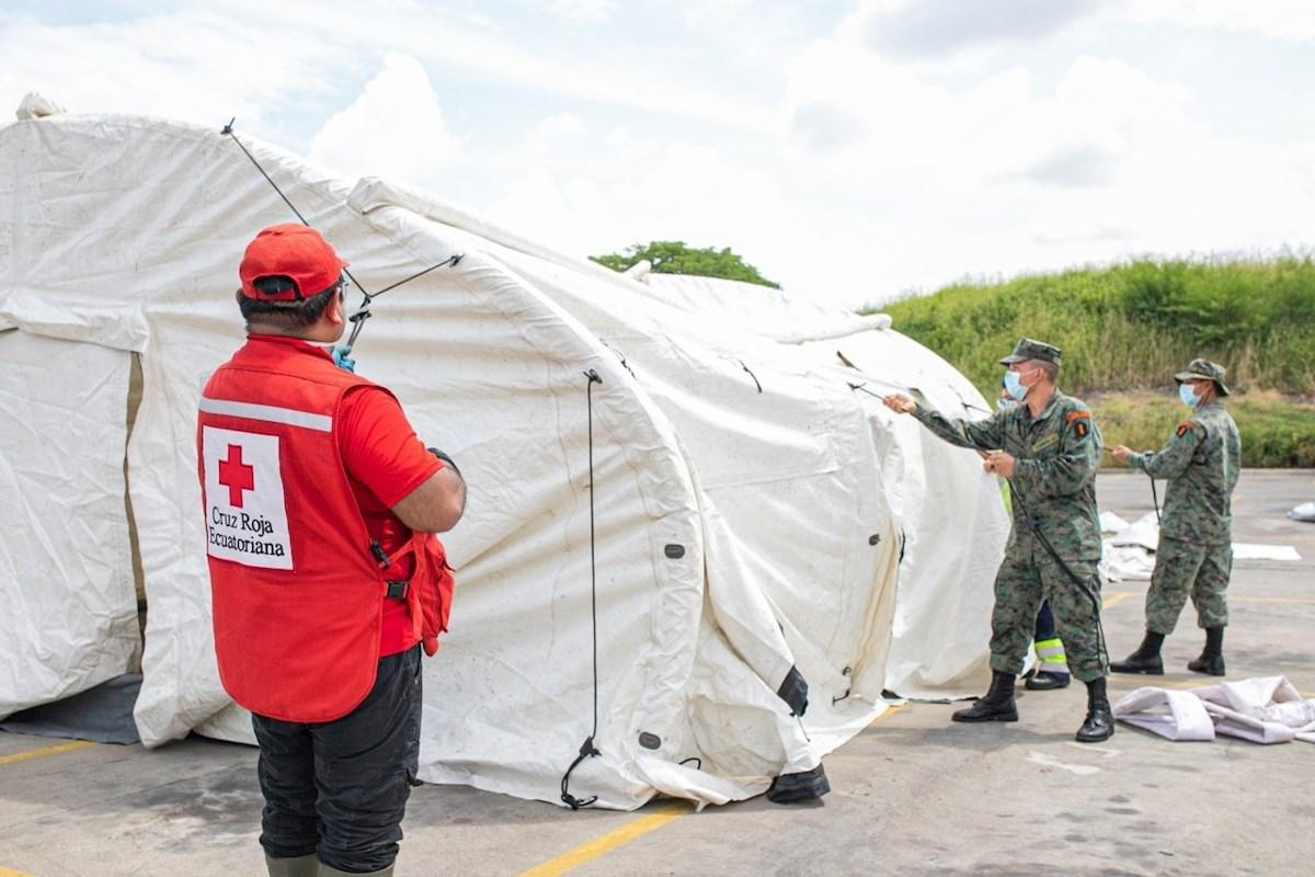 Fiscalía investiga supuestos cobros para retiros de cadáveres en Guayaquil