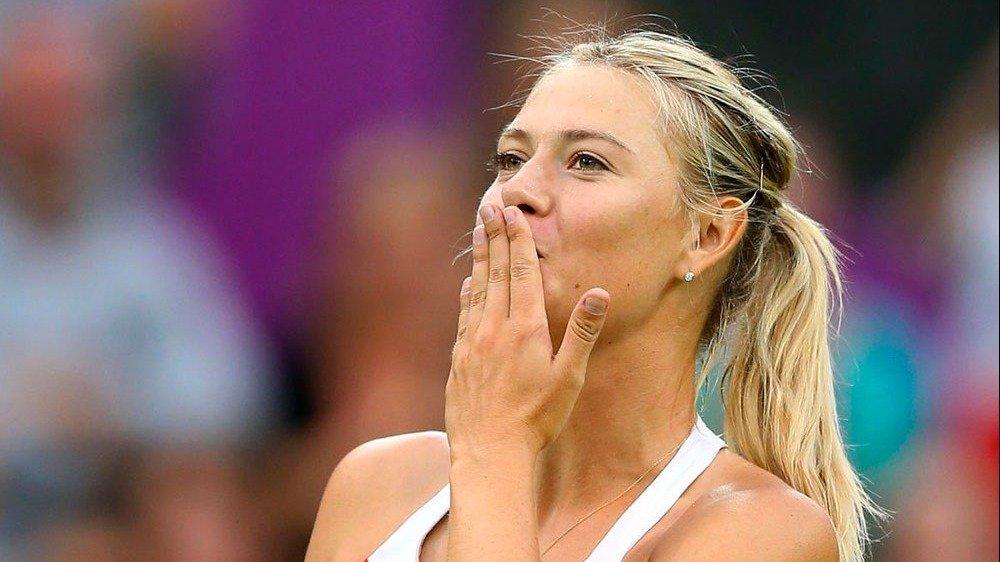 Sharapova recibió más de 2 millones de mensajes tras 'rolar' su celular