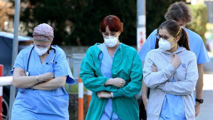 En España más de 280 enfermeros venezolanos se movilizan para apoyar en la crisis del coronavirus